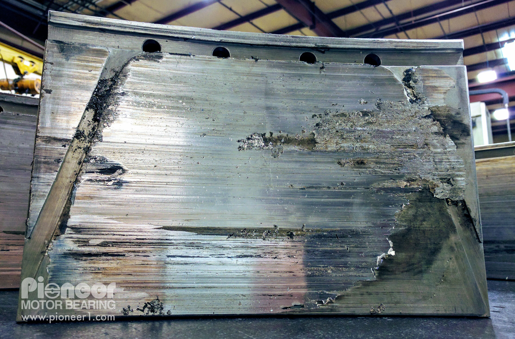12 pad vertical guide bearing damage